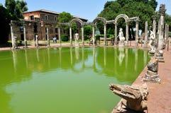 El Canopo en el chalet de Hadrian, Tivoli - Roma Fotos de archivo