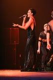 El cantante Slava se realiza en etapa durante el 50.o concierto del cumpleaños del año de Viktor Drobysh en Barclay Center Imagenes de archivo
