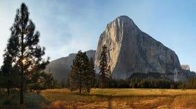 El Capitan在优胜美地加利福尼亚 图库摄影