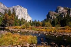El Capitan在优胜美地国家公园,加利福尼亚 免版税库存照片