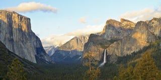 El Capitan And Bridalveil Falls Royalty Free Stock Photos