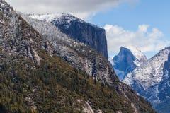 El Capitan i Przyrodnia kopuła Ja Fotografia Royalty Free