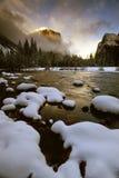 EL Capitan no inverno do esclarecimento   Foto de Stock Royalty Free