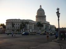` El Capitolio `或首都大厦在哈瓦那,古巴 免版税库存图片