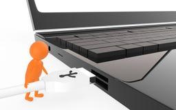 el carácter anaranjado 3d es alrededor enchufar un cable del usb a un puerto de usb del dispositivo Imagen de archivo libre de regalías