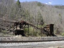 El carbón abandonado, oxidado tipple fotos de archivo libres de regalías