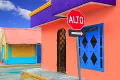 El Caribe colorido contiene Isla tropical Mujeres Fotos de archivo libres de regalías
