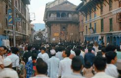 1975. Desfile de Kumari. Katmandu, Nepal. Foto de archivo libre de regalías