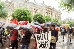 El cartel del debout de Nuit en puede protestar contra reformas del trabajo de Francia Foto de archivo libre de regalías