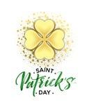 El cartel feliz del saludo del día de Patricks del santo con el texto de las letras y el trébol de oro del brillo se va Ilustraci Foto de archivo libre de regalías