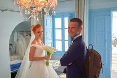 El casarse en Santorini fotografía de archivo libre de regalías