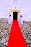 El casarse - entrada de la iglesia Foto de archivo libre de regalías