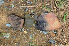 El casco precolombino encontró en la isla del La Tolita, en un delta del río en la provincia de Esmeraldas, Ecuador Fotografía de archivo libre de regalías