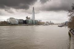 El casco y ayuntamiento de la torre de Londres Fotos de archivo