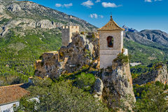EL Castell De Guadalest de château de Guadalest dans Alicante, Espagne Photos libres de droits