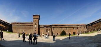 El Castello Sforzesco en Milano (Italia) Imagen de archivo libre de regalías