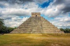 EL Castillo, ναός Kukulcan, Chichen Itza, Μεξικό στοκ εικόνα με δικαίωμα ελεύθερης χρήσης