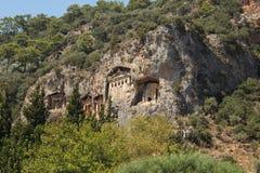 El castillo antiguo en la roca 3 Fotos de archivo