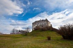 El castillo cerca de Lvov, Ucrania occidental Fotos de archivo libres de regalías