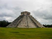 El Castillo, Chichen Itza, Мексика Стоковая Фотография RF
