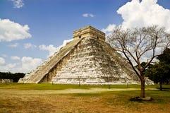 El Castillo Chichen Itza stock images