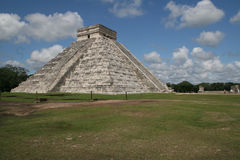 EL Castillo-Chichen Itza Images stock