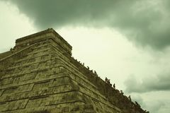EL Castillo, Chichen Itza Photographie stock
