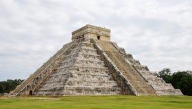 El Castillo in Chichen Itza. Mayan Temple - El Castillo Royalty Free Stock Photography