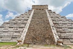 El Castillo Chichen Itza Mexico Stock Photos