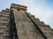 El Castillo Chichen Itza, Mexico Royaltyfria Bilder