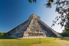 El Castillo Chichen Itza, Yucatan, Mexico Royaltyfria Bilder