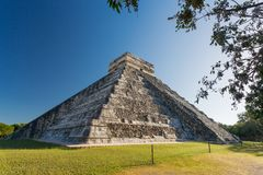 El Castillo, Chichen Itza, Yucatan, Mexico Royalty Free Stock Images