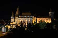 El castillo de Corvin - edificio histórico Foto de archivo