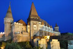 El castillo de Hunyad, Hunedoara, Rumania Foto de archivo