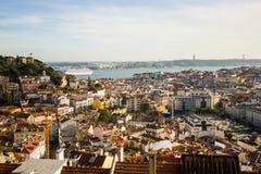 El castillo de Lisboa céntrica, el Tajo, San Jorge Imágenes de archivo libres de regalías