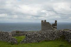 El castillo de O'Brien, Inisheer, islas de Aran, Irlanda Imagen de archivo libre de regalías