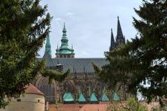 El castillo de Praga es un complejo del castillo en Praga Imagen de archivo