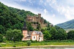 El castillo de Reichenstein en el Rin Imagen de archivo