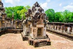 El castillo de Sdok Kok Thom es un castillo del Khmer, un sitio arqueológico grande e importante fotos de archivo libres de regalías