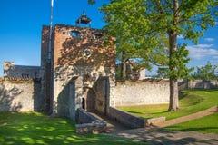 El castillo de Upnor es un fuerte isabelino de la artillería situado en la orilla oeste del río Medway en Kent Foto de archivo