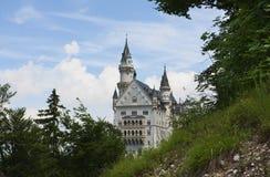 El castillo famoso - Neuschwanstein. foto de archivo libre de regalías