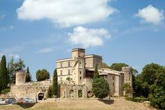 El castillo francés de Lourmarin Fotografía de archivo