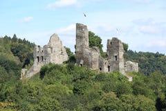 El castillo histórico Isenburg en Renania-Palatinado, Alemania Fotos de archivo