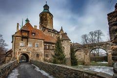 El castillo medieval Czocha situado en la ciudad de Sucha fotos de archivo libres de regalías