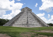 El Castillo ostrosłup w Chichen Itza Obraz Royalty Free