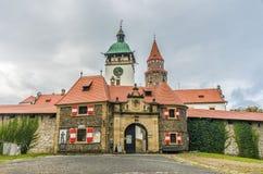 El castillo romántico Bouzov Imagenes de archivo