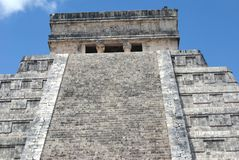 El Castillo, Temple of Kukulcan in Chichen Itza, Mexico Stock Photography