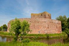 El castillo Teylingen de la ruina en Sassenheim Fotos de archivo