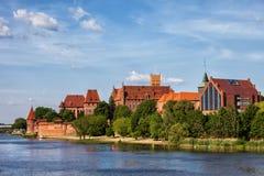 El castillo y la ciudad de Malbork en Polonia Fotos de archivo libres de regalías