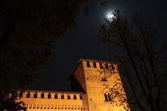 El castillo y la luna Fotografía de archivo